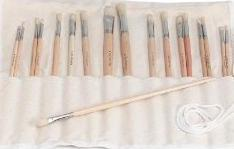 Helen Van Wyk . Com 18 Bristle Brushes